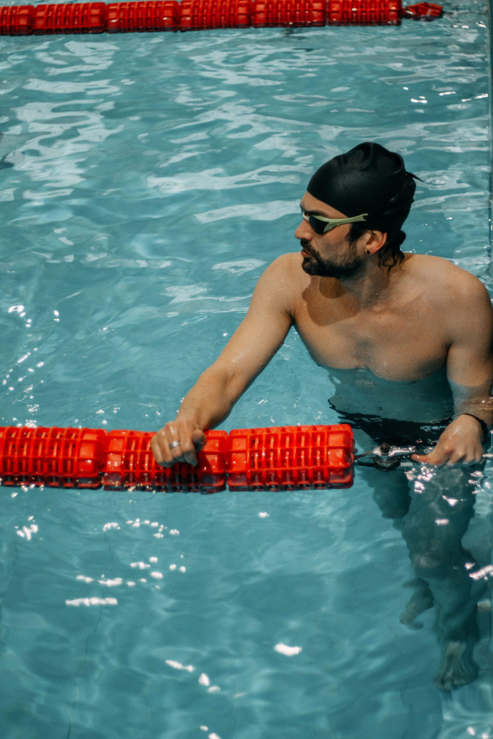Занятие по плаванию на 1800 м