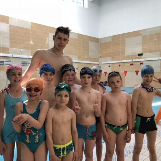 Плавание для детей, школа обучения плаванию ребенка от 4 лет